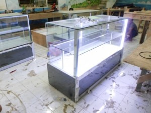 etalase mewah premium dengan lampu (3)
