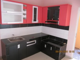 kitchen set minimalis warna pink (8)