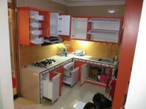 kitchen-set-warna-oranye-3