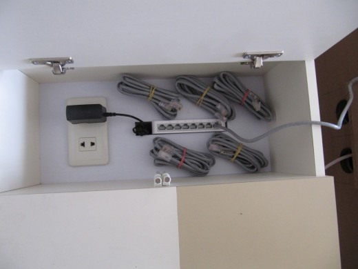 produksi-meja-rapat-plus-koneksi-listrik-lan-14