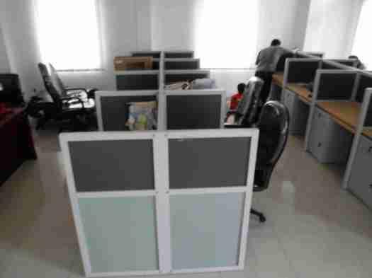 meja cubicle kantor bongkar pasang furniture semarang